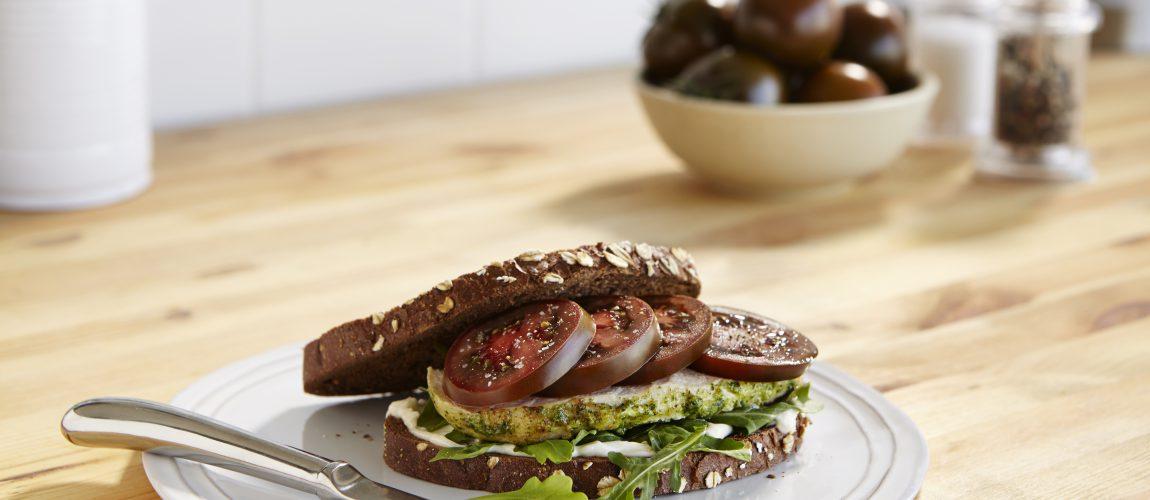 SUNSET® Kumato® Chicken Sandwich